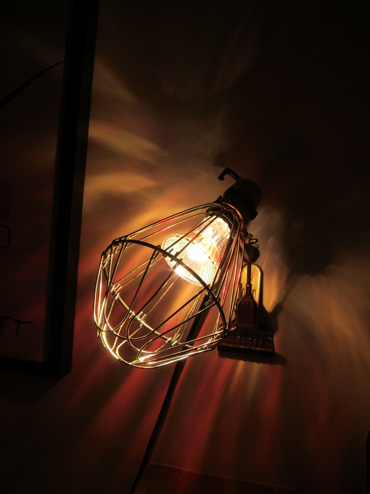 Hay Industrial clamp lamp  4